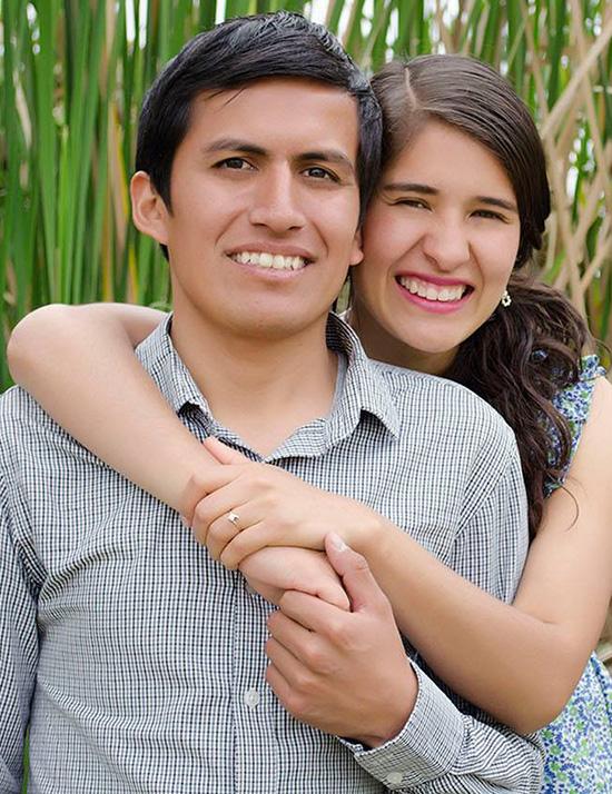 Choose to sponsor Luis & Alejandra